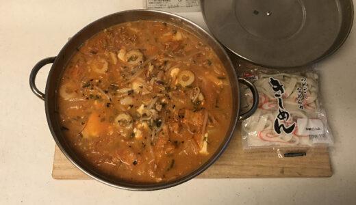 手作りキムチと海鮮風キムチチゲ鍋